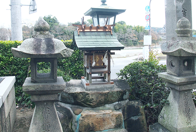 Seventeen shrines (Jyu-nana sya Shrine)